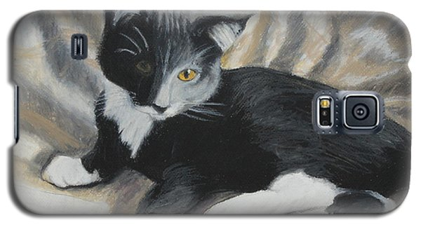 Galaxy S5 Case featuring the painting Tuxedo Kitten by Jeanne Fischer