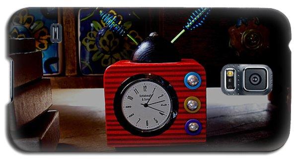 Tv Clock Galaxy S5 Case by David Pantuso