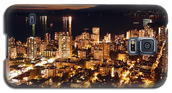 Galaxy S5 Case featuring the photograph Twilight English Bay Vancouver Mdlxvii by Amyn Nasser