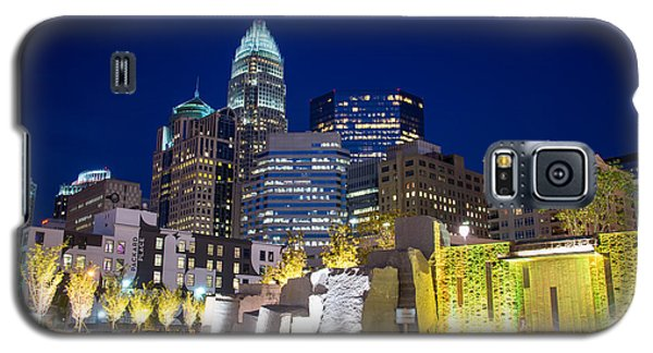 Galaxy S5 Case featuring the photograph Twilight In Charlotte by Serge Skiba