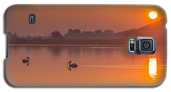 Two Pelicans At Sunrise Galaxy S5 Case