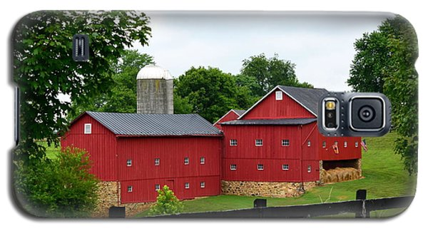 Two Red Barns Galaxy S5 Case