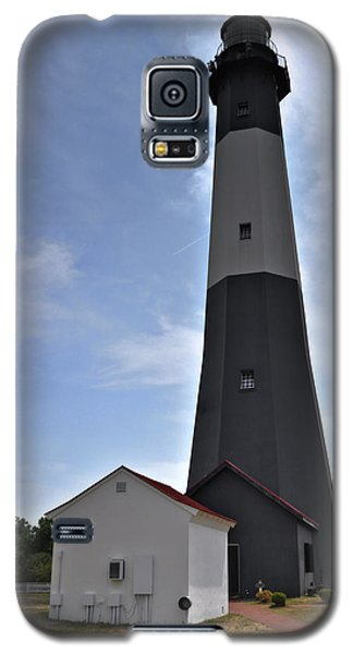 Galaxy S5 Case featuring the photograph Tybee Island Lighthouse by Deborah Klubertanz