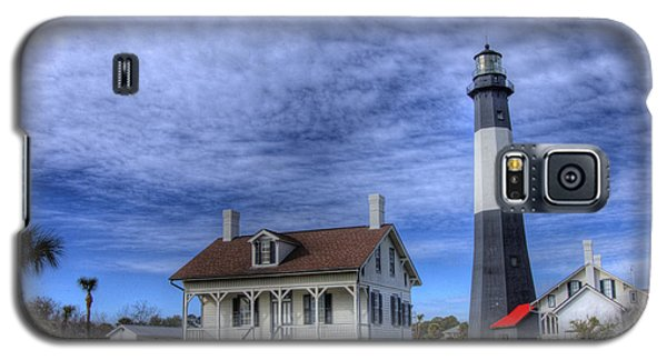 Galaxy S5 Case featuring the photograph Tybee Island Lighthouse by Donald Williams