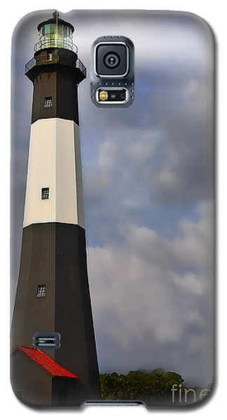 Galaxy S5 Case featuring the painting Tybee Lighthouse by Linda Blair