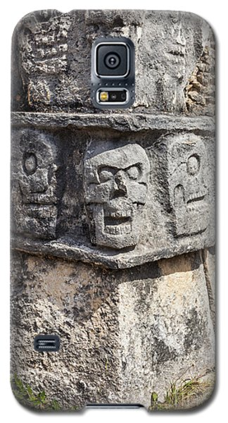 Tzompantli Or Platform Of The Skulls At Chichen Itza Galaxy S5 Case