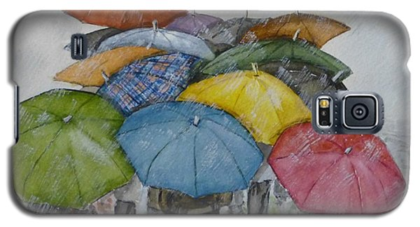 Galaxy S5 Case featuring the painting Umbrella Huddle by Kelly Mills