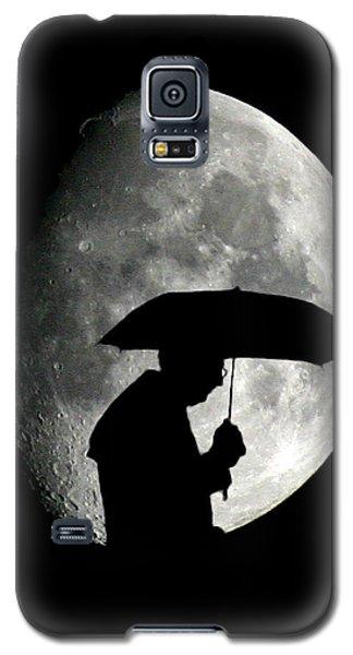 Umbrella Man With Moon Galaxy S5 Case