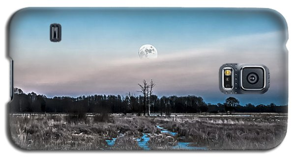 Under Cold Moonlight In Blue Galaxy S5 Case