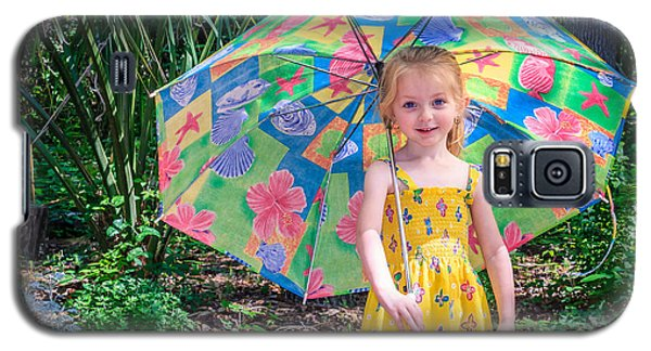Galaxy S5 Case featuring the photograph Under My Umbrella by Rob Sellers