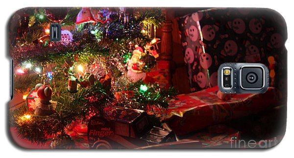 Under The Christmas Tree Galaxy S5 Case
