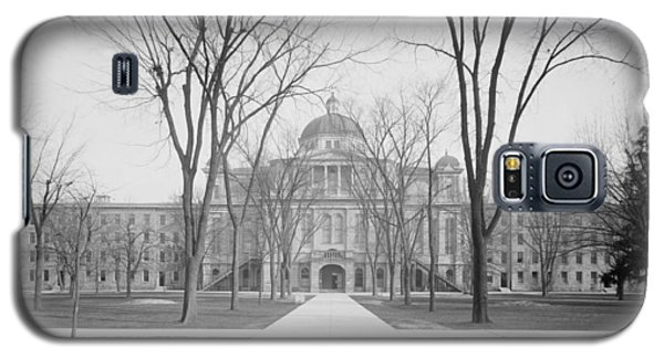 University Hall, University Of Michigan, C.1905 Bw Photo Galaxy S5 Case by Detroit Publishing Co.