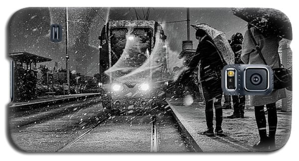 Train Galaxy S5 Case - Untitled by Maciej Przeklasa