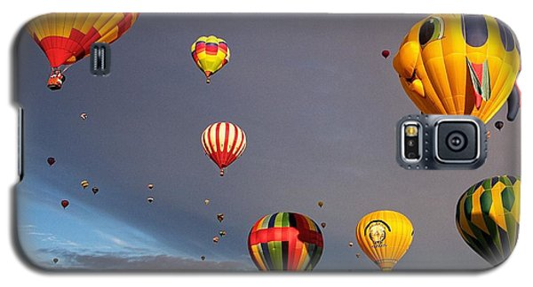 Galaxy S5 Case featuring the photograph Up And Away by Dave Files