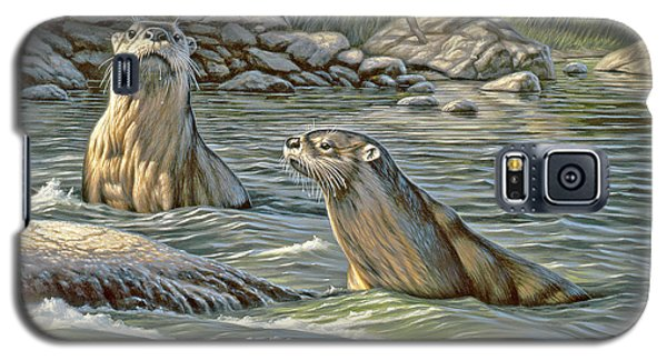 Otter Galaxy S5 Case - Up For Air - River Otters by Paul Krapf