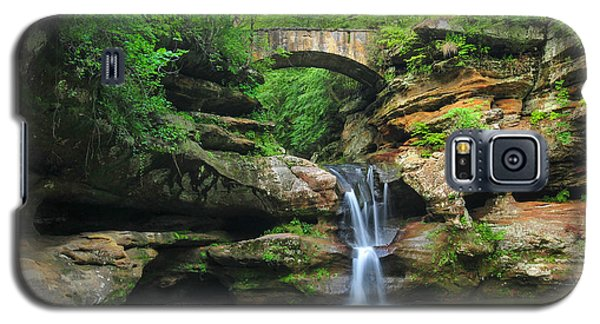 D10a-113 Upper Falls At Old Mans Cave Hocking Hills Photo Galaxy S5 Case