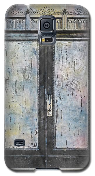 Galaxy S5 Case featuring the photograph Urban Bank Doorway by John Fish