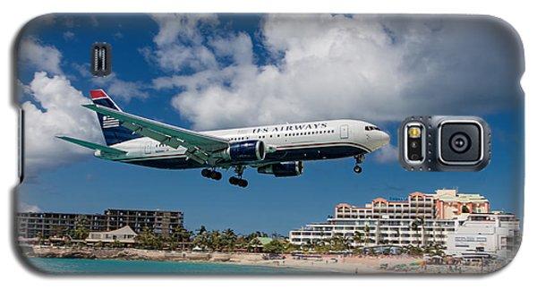 U S Airways Landing At St. Maarten Galaxy S5 Case by David Gleeson
