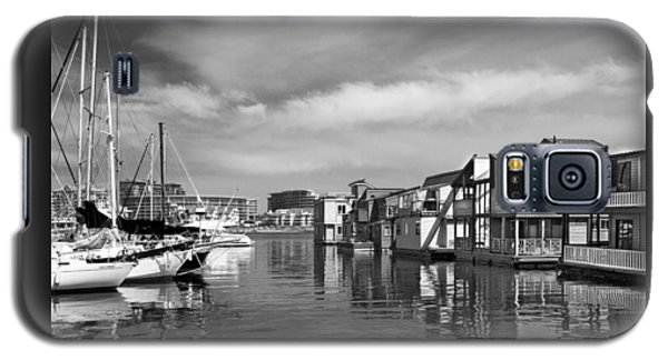 Veiw Of Marina In Victoria British Columbia Black And White Galaxy S5 Case