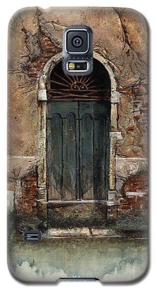 Galaxy S5 Case featuring the painting Venetian Door 01 Elena Yakubovich by Elena Yakubovich