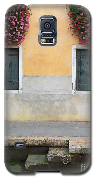 Venice Canal Shutters With Window Flowers Galaxy S5 Case