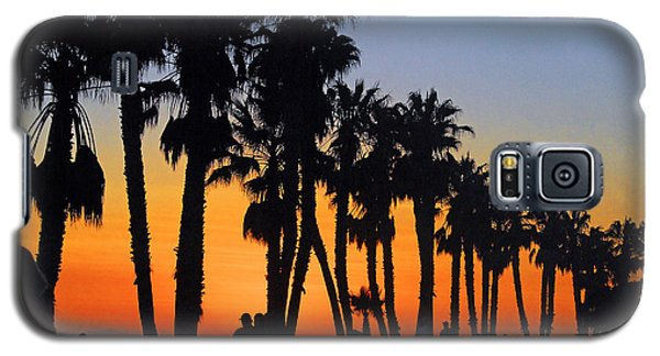 Galaxy S5 Case featuring the photograph Ventura Boardwalk Silhouettes by Lynn Bauer