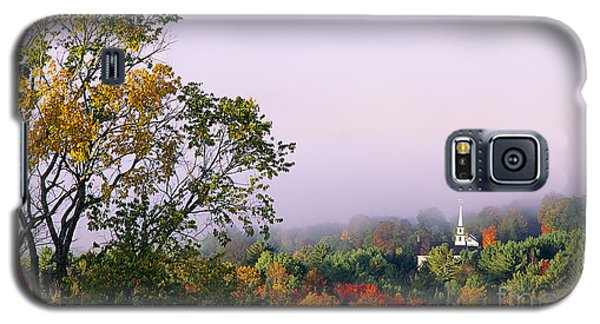 Vermont Autumn Morning Galaxy S5 Case by Alan L Graham