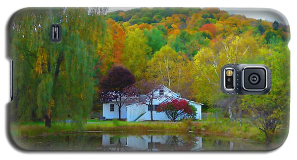 Vermont House In Full Autumn Galaxy S5 Case