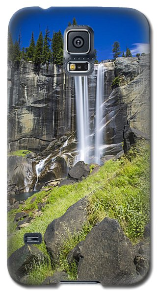Vernal Falls In July At Yosemite Galaxy S5 Case by Mike Lee