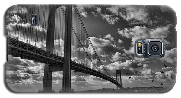 Verrazano Narrows Bridge In Bw Galaxy S5 Case by Terry Cork