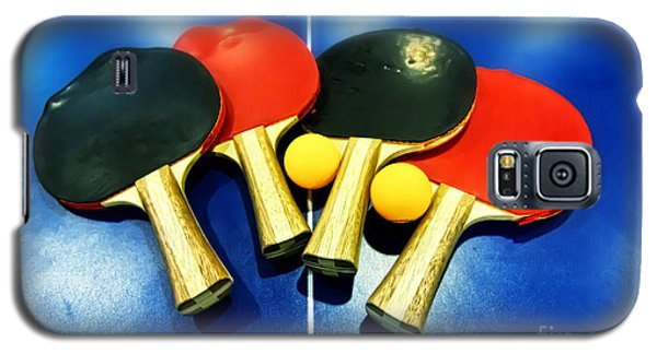 Vibrant Ping-pong Bats Table Tennis Paddles Rackets On Blue Galaxy S5 Case