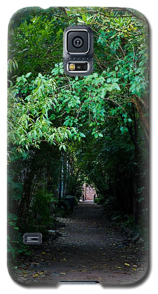 View Down Philadelphia Alley Galaxy S5 Case