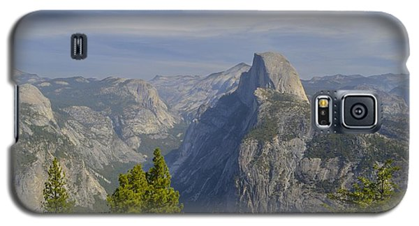 View From Glacier Point Yosemite Galaxy S5 Case by Alex King