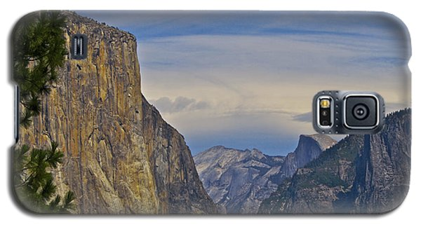 View From Wawona Tunnel Galaxy S5 Case
