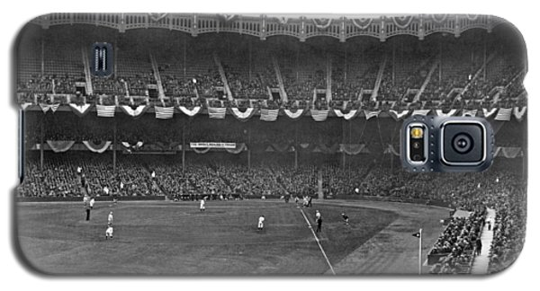 View Of Yankee Stadium Galaxy S5 Case by Underwood Archives