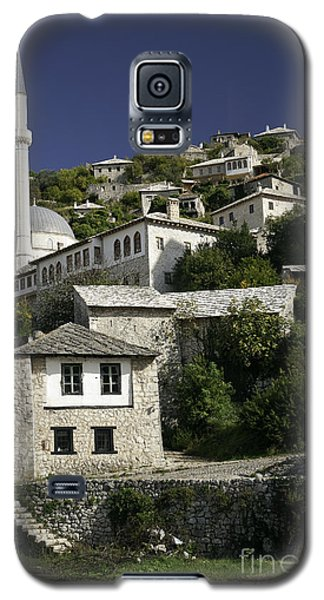 views of pocitelj in Bosnia Hercegovina with minaret bridge and river Galaxy S5 Case