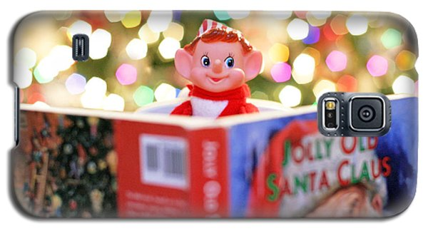 Vintage Christmas Elf Reading A Book Galaxy S5 Case by Barbara West