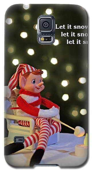 Vintage Christmas Elf Toasting A Marshmallow Galaxy S5 Case by Barbara West