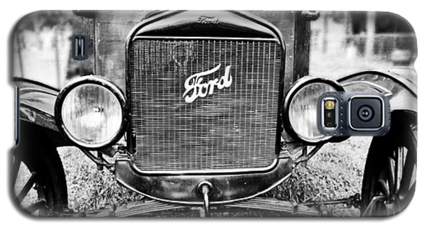 Vintage Ford In Black And White Galaxy S5 Case