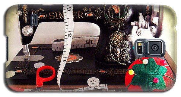 Vintage Mini Sewing Machine Galaxy S5 Case