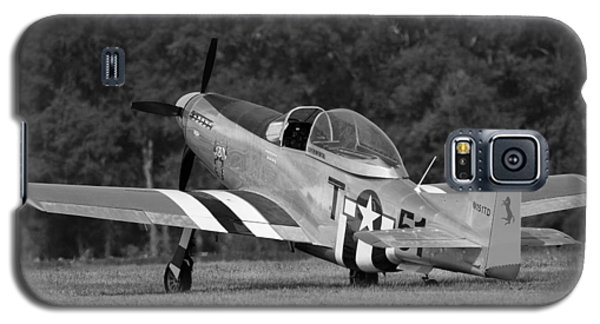 Galaxy S5 Case featuring the photograph Vintage Mustang by Timothy McIntyre