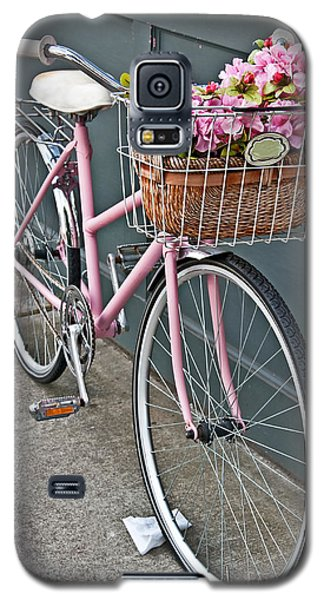 Vintage Pink Bicycle With Pink Flowers Art Prints Galaxy S5 Case