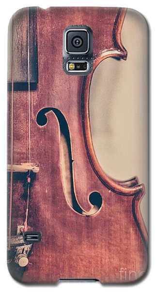 Violin Galaxy S5 Case - Vintage Violin Portrait 2 by Emily Kay