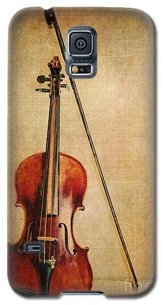 Violin Galaxy S5 Case - Violin With Bow by Emily Kay