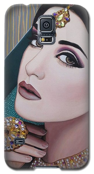 Galaxy S5 Case featuring the painting Viridian Indian Beauty by Malinda Prudhomme