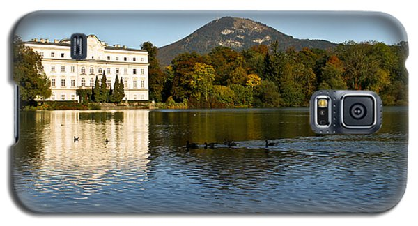 Galaxy S5 Case featuring the photograph Von Trapp's Mansion by Silvia Bruno