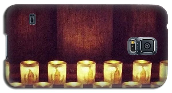 Religious Galaxy S5 Case - Votive Candles - Notre Dame Cathedral by Anna Porter
