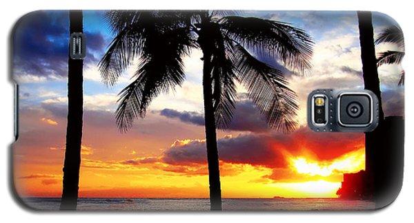 Galaxy S5 Case featuring the photograph Waikiki Sunset by Kara  Stewart