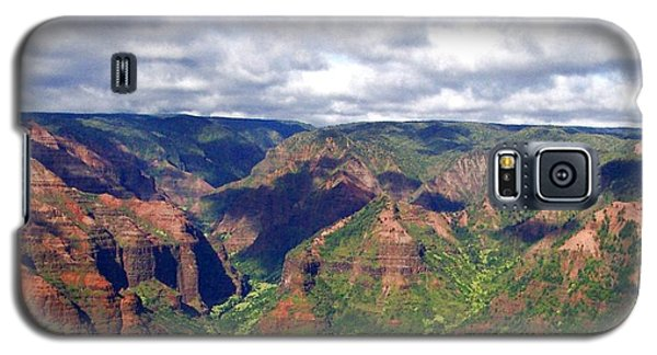 Galaxy S5 Case featuring the photograph Waimea Canyon by Amy McDaniel