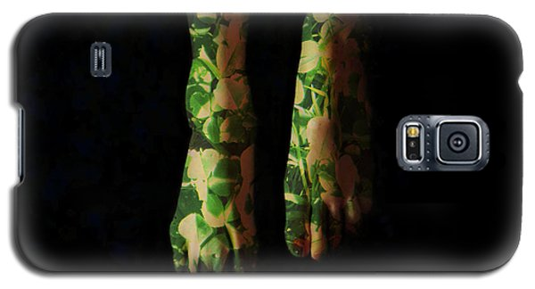 Walking In Clover Galaxy S5 Case by Donna Blackhall